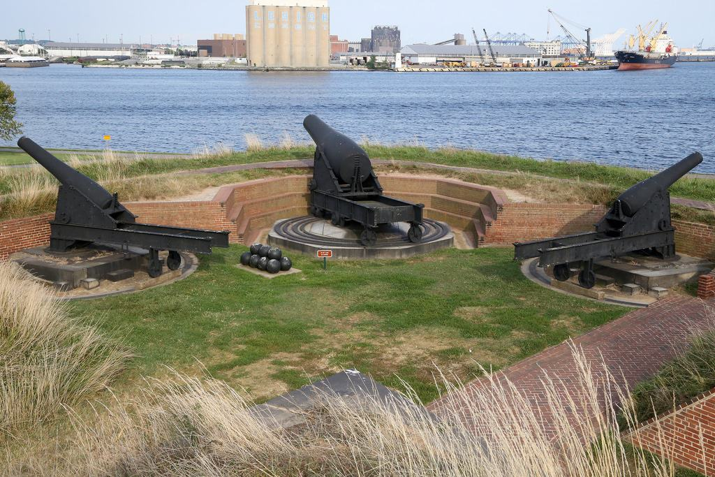 Guns of Fort McHenry