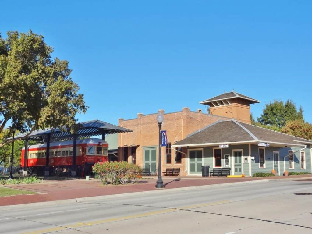 Image result for Get on the tracks at Plano Station