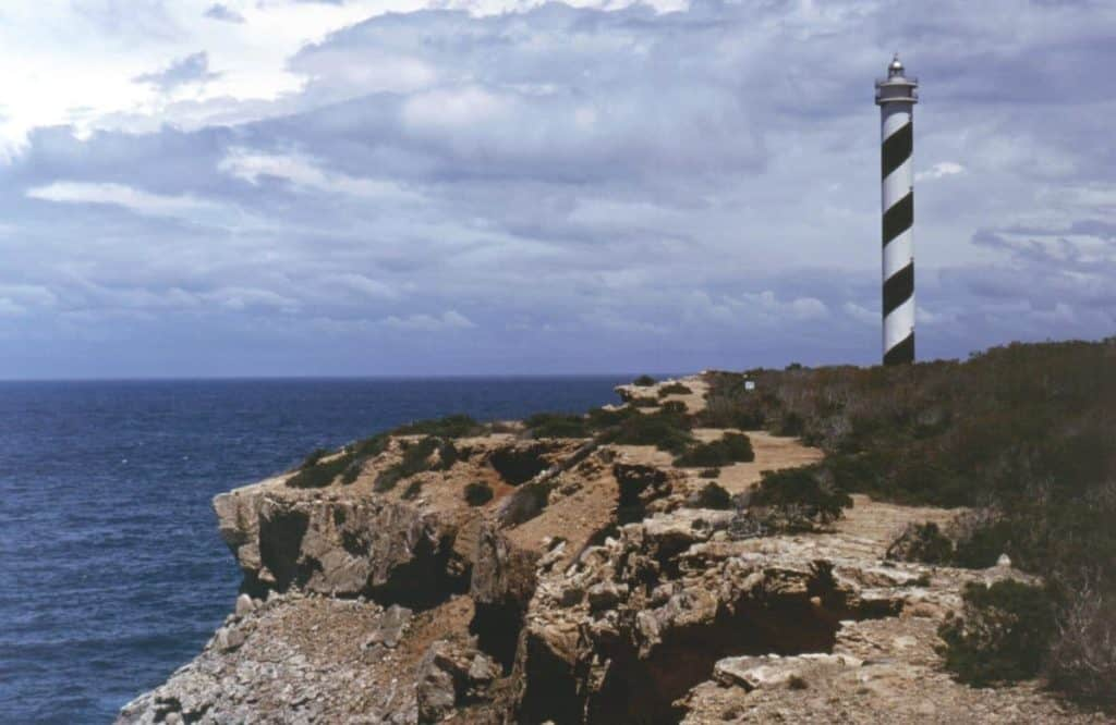 Punta Moscarter Lighthouse