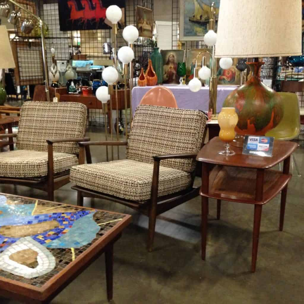 Estate Sales Near Me This Weekend: 15 Best Flea Markets In Texas