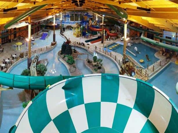 Grand Lodge Waterpark Resort, Rothschild
