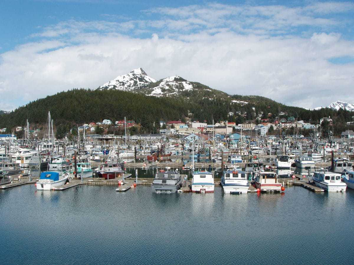 Continental Extreme Contact >> 15 Best Small Towns to Visit in Alaska - The Crazy Tourist