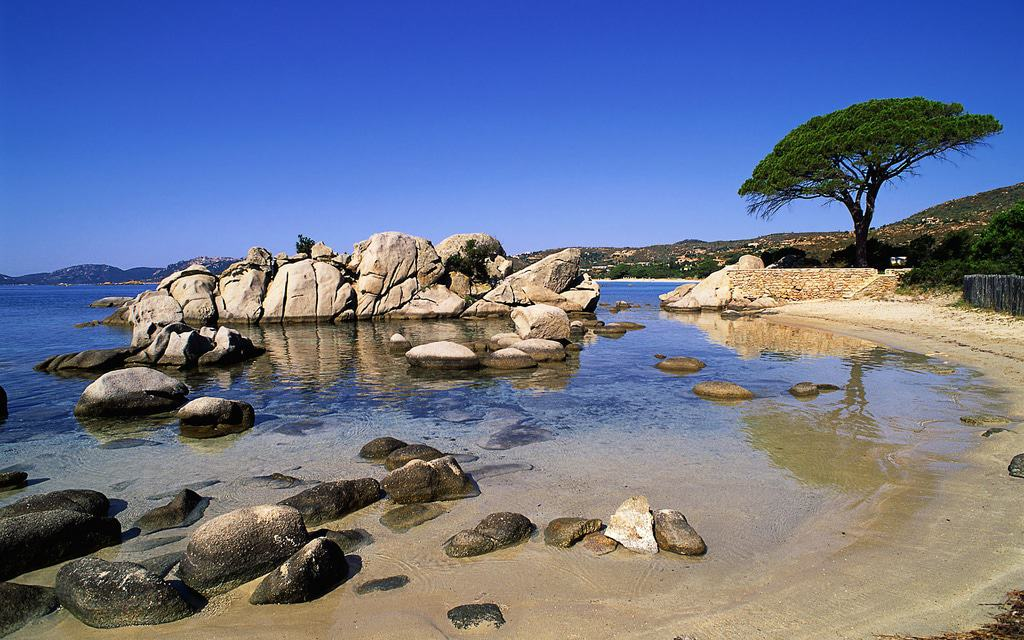 15 Best Things to Do in Corsica (France) - The Crazy Tourist