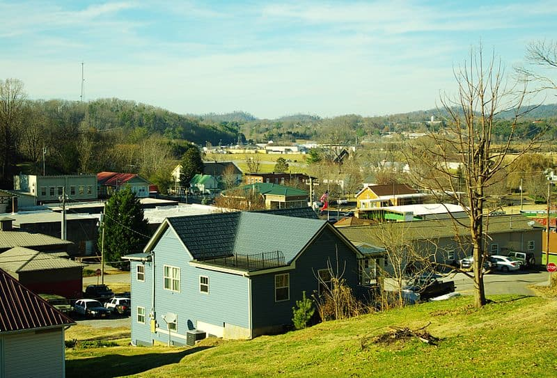 15 best small towns to visit in tennessee page 3 of 15 for Best small towns in tennessee to live