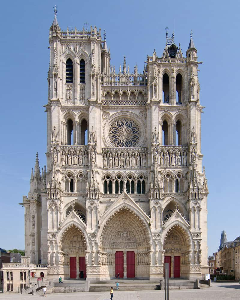 15 best things to do in amiens france the crazy tourist. Black Bedroom Furniture Sets. Home Design Ideas