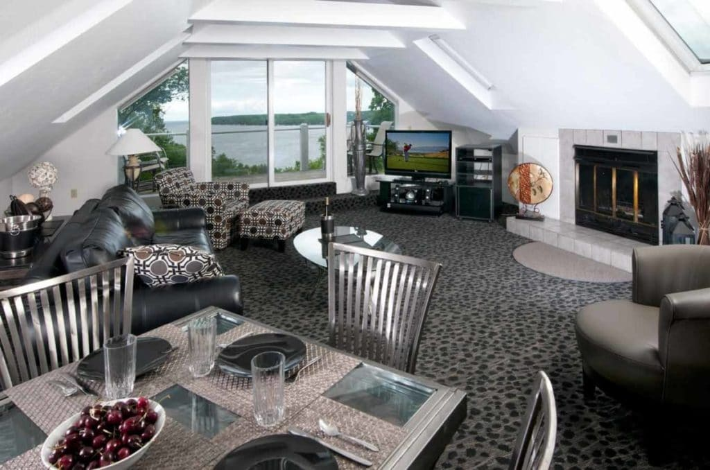 Country House Resort - Penthouse Suite