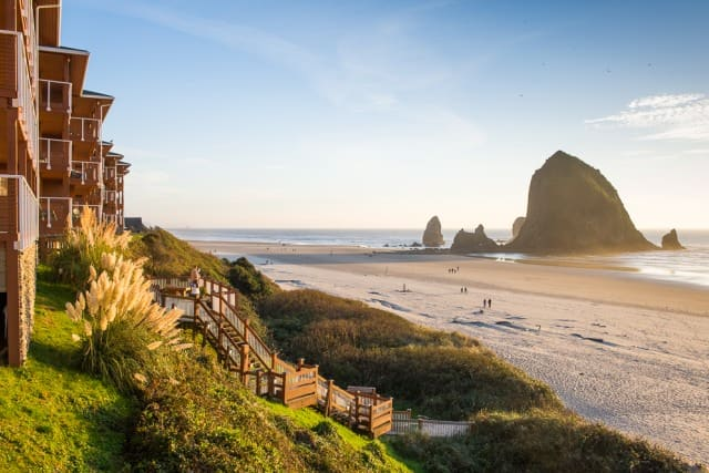 f71f3bf2a7 15 Best Romantic (Weekend) Getaways in Oregon - The Crazy Tourist