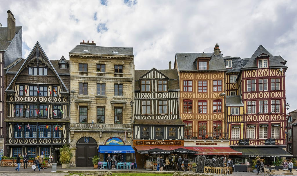 15 best things to do in rouen france the crazy tourist. Black Bedroom Furniture Sets. Home Design Ideas