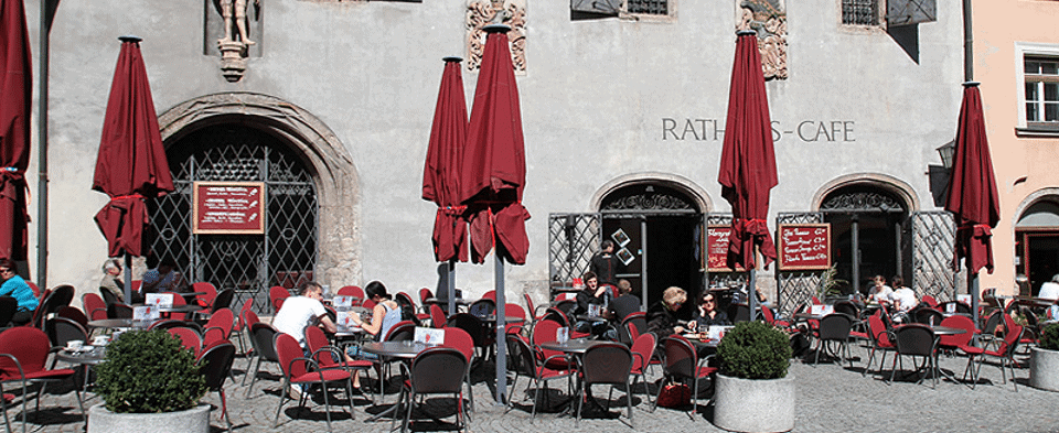 the Rathaus Cafe