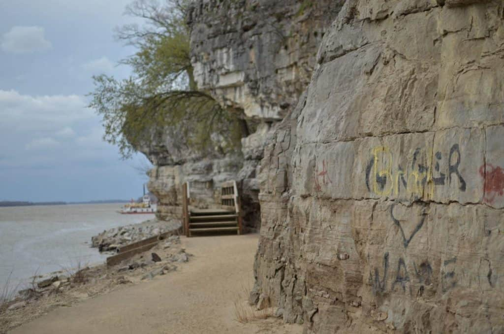 Cave-in-Rock