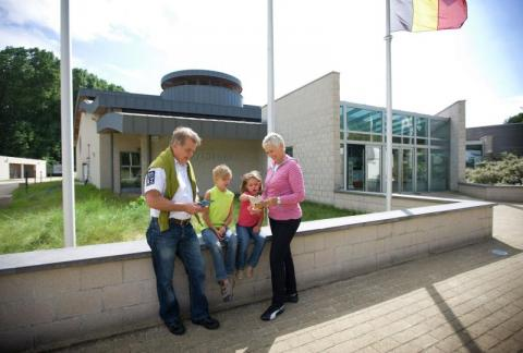 Flemish Visitors and Nature Education Centre de Nachtegaal