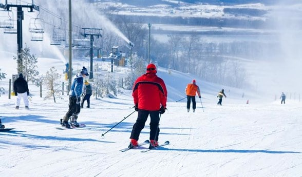 Chestnut Mountain Resort - Skiing