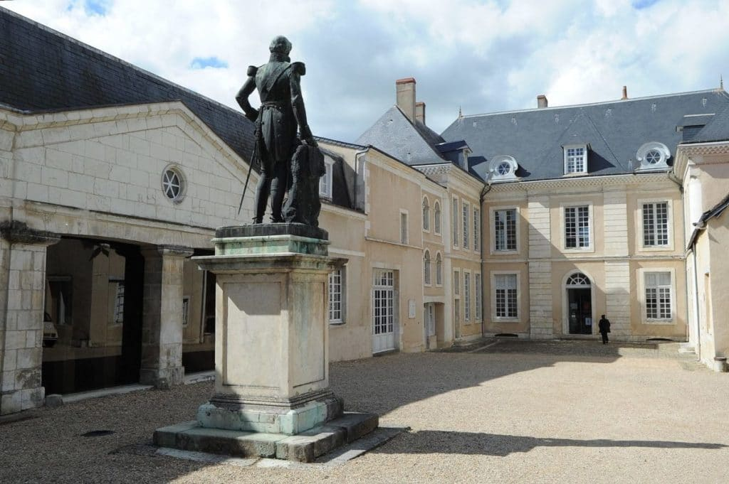 Hotel B And B Chateauroux