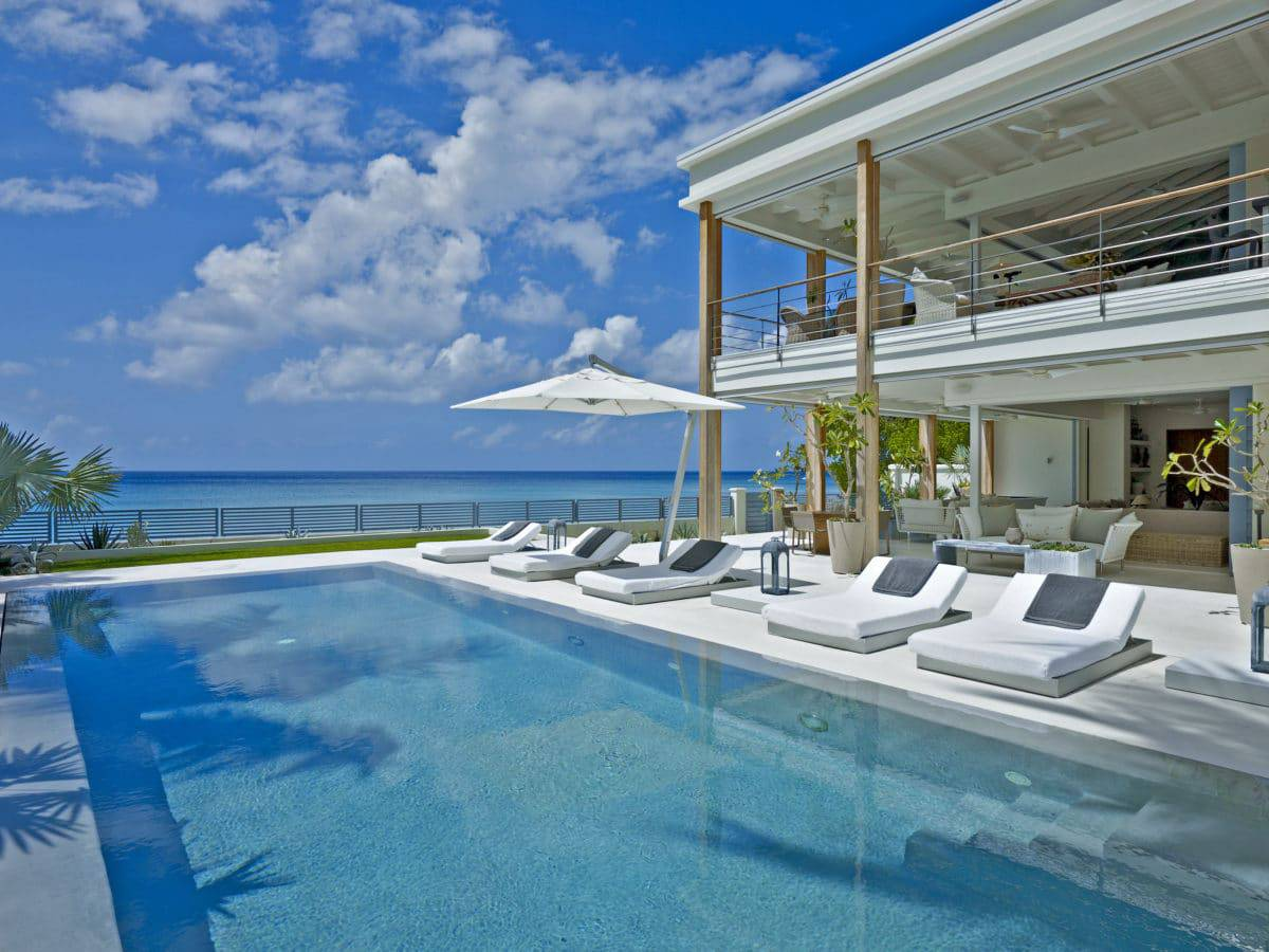 The top six barbados villas the crazy tourist for Villa de luxe design