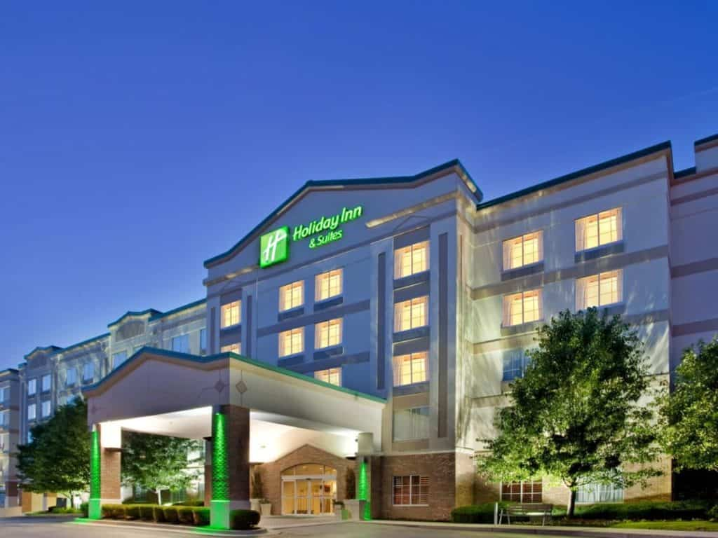 Holiday Inn And Hotel Suites Overland Park