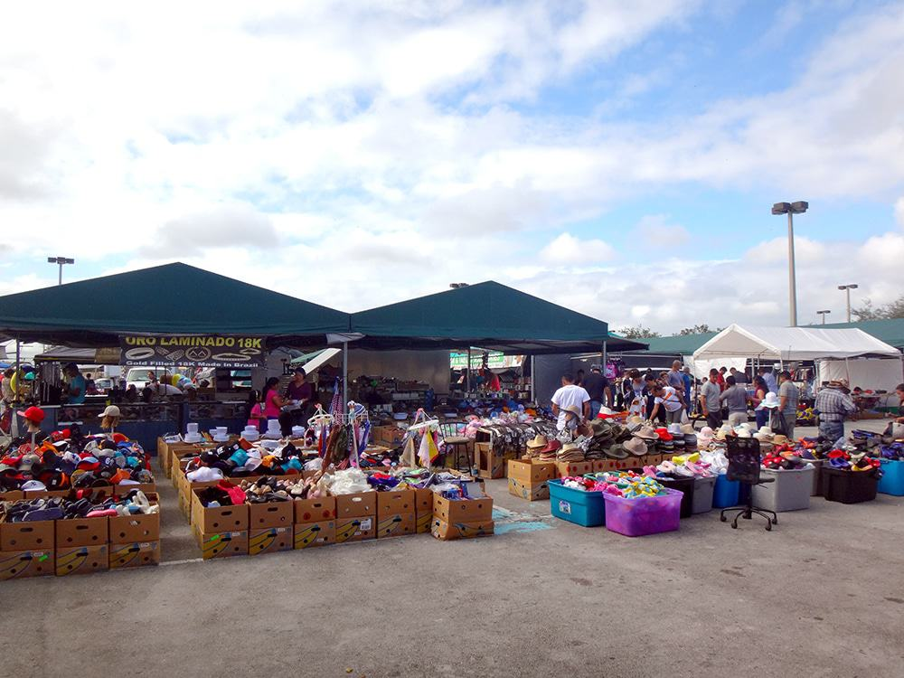 15 best flea markets in florida the crazy tourist for Village fish market