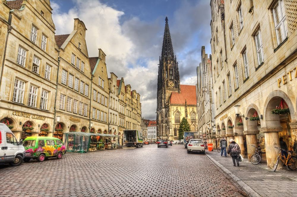 15 best things to do in m nster germany the crazy tourist. Black Bedroom Furniture Sets. Home Design Ideas