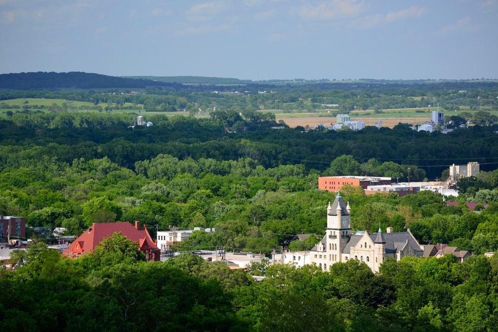 15 Best Places to Live in Kansas - The Crazy Tourist