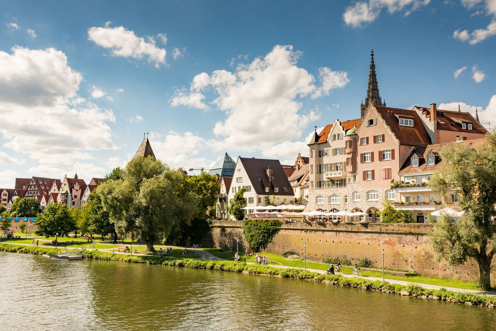 dating ulm germany Featuring free wifi and a terrace, hotel engel offers accommodations in ulm guests can enjoy the on-site bar all rooms are equipped with a tv.