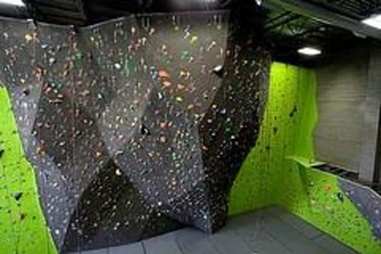 Source Climbing Center, Washington