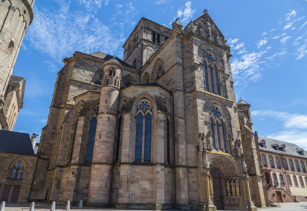 15 best things to do in trier germany the crazy tourist - Architektur gotik ...