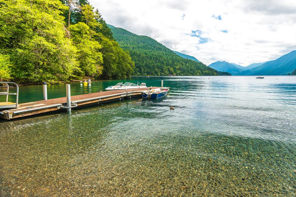 15 best lakes in washington the crazy tourist for Crescent lake fishing
