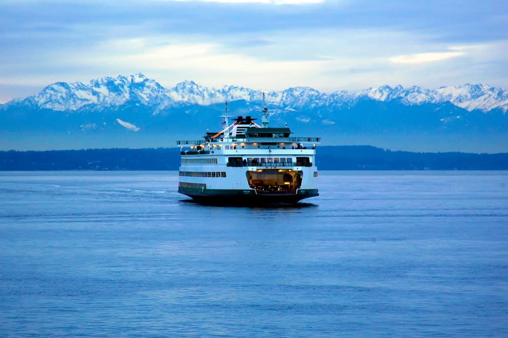 Ferry from Seattle to Bremerton