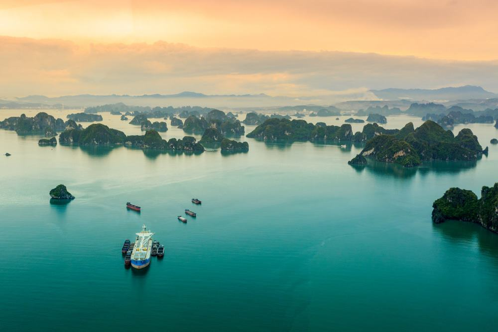 Halong Bay Scenic Flight