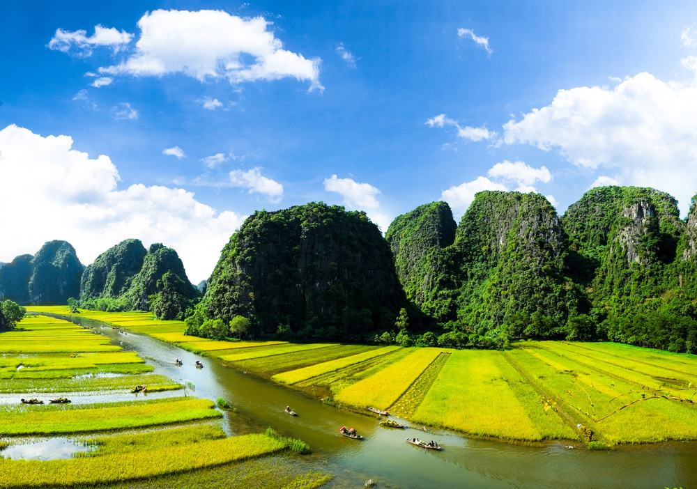 ccimage shutterstock 362120093 - Top 10+ Unique & Amazing Things To Do in Ninh Binh,  Vietnam – Updated 2021