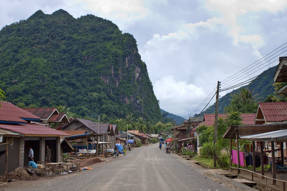 Road in Nong Khiaw