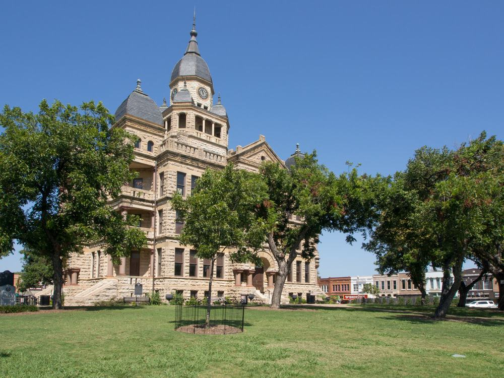 15 Best Day Trips from Fort Worth - The Crazy Tourist