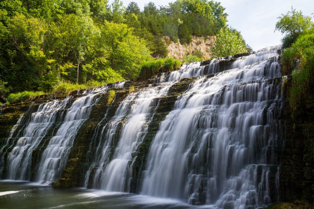 15 amazing waterfalls in illinois the crazy tourist 15 amazing waterfalls in illinois the