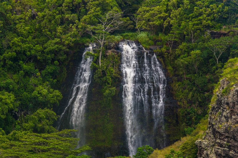 11 Amazing Waterfalls on Kauai - The Crazy Tourist