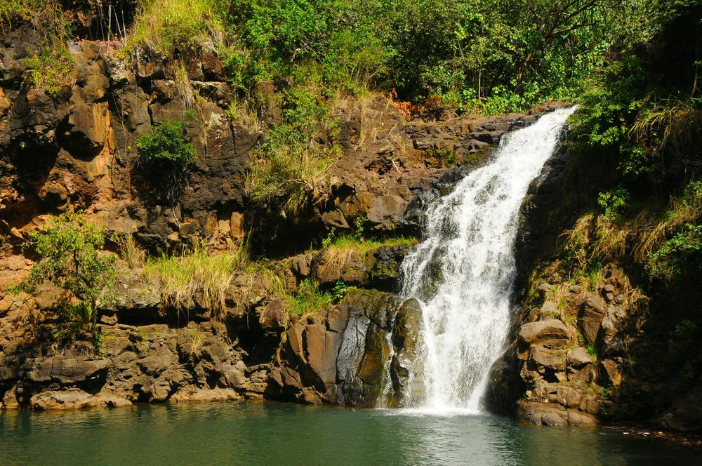 15 Amazing Waterfalls in Hawaii - The Crazy Tourist