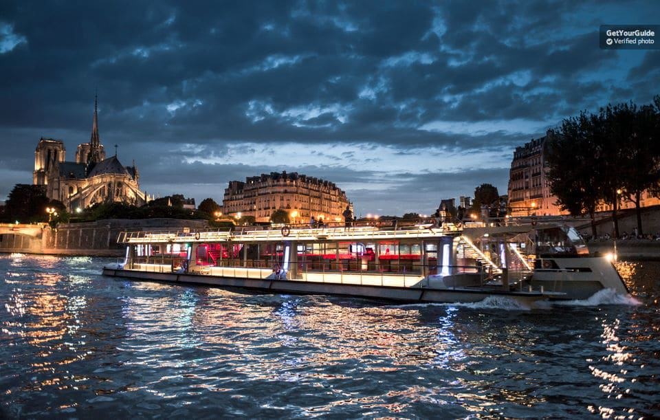 Paris Illuminations Cruise