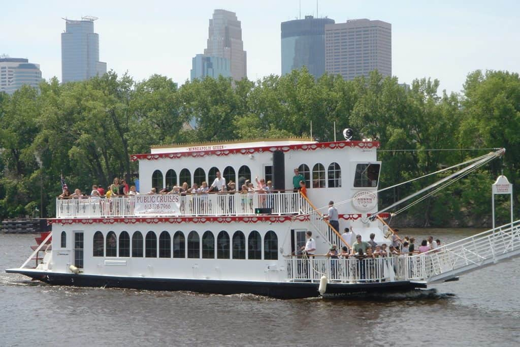 Minneapolis Queen River Cruise