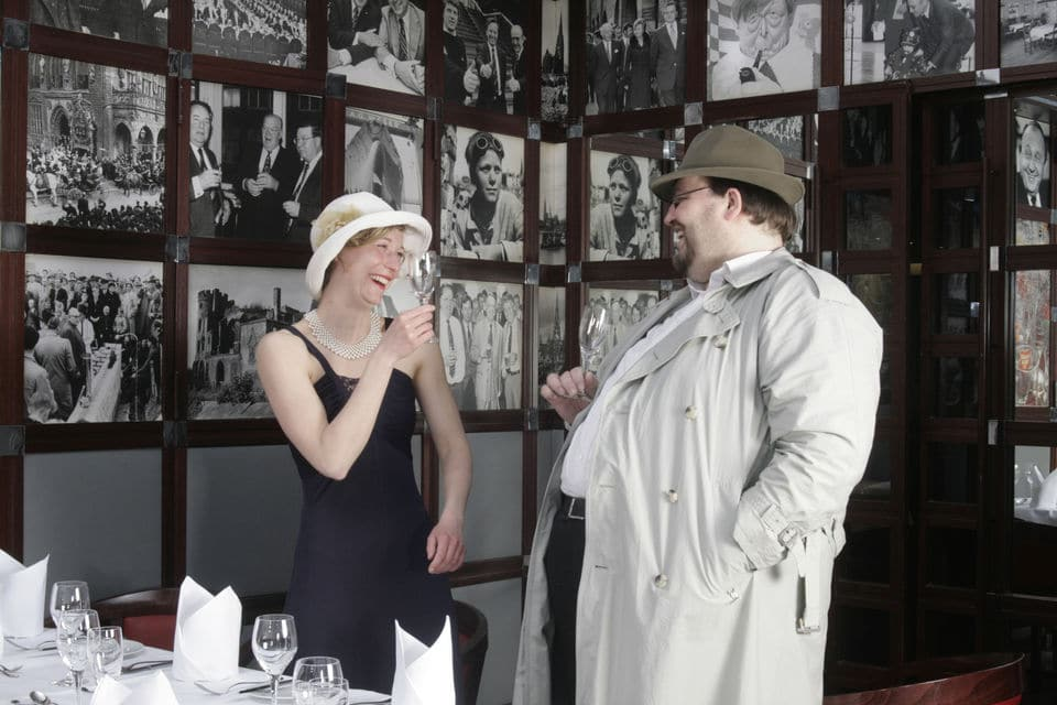 Murder Mystery With Dinner