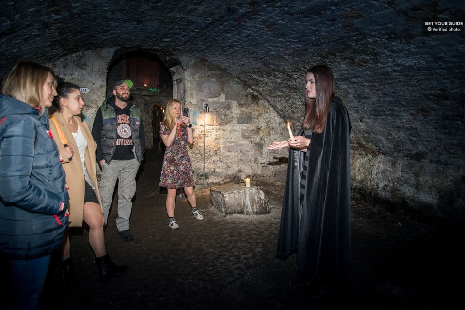 Ghostly Underground Vaults Evening Tour With Whisky