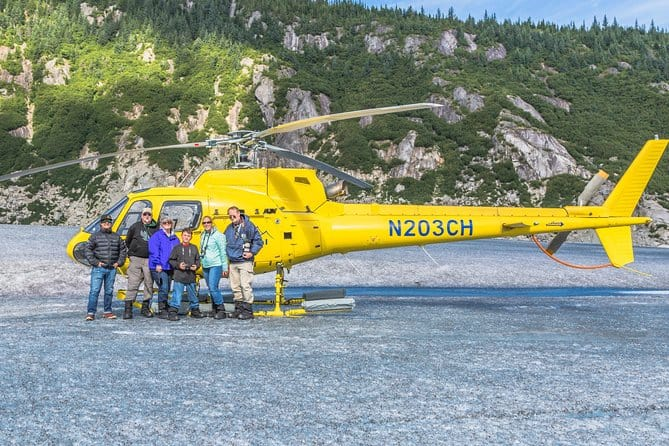 Helicopter Tour And Guided Icefield Walk