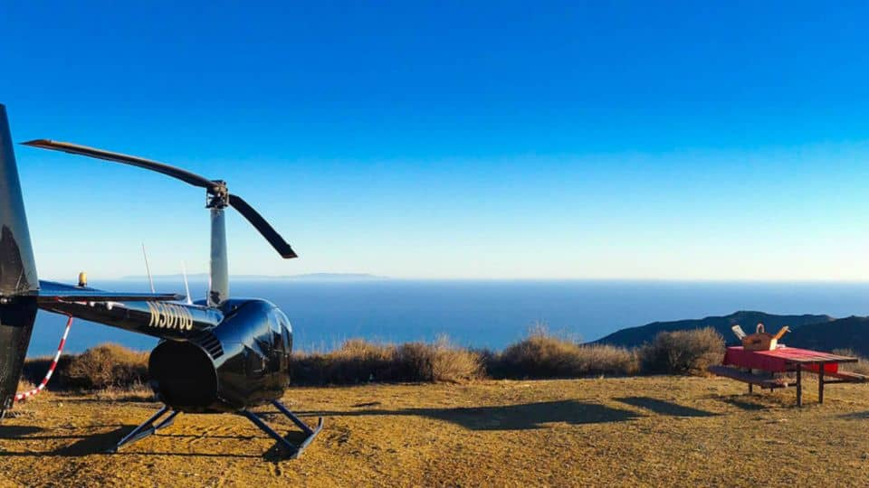 Los Angeles Romantic Helicopter Tour With Mountain Landing