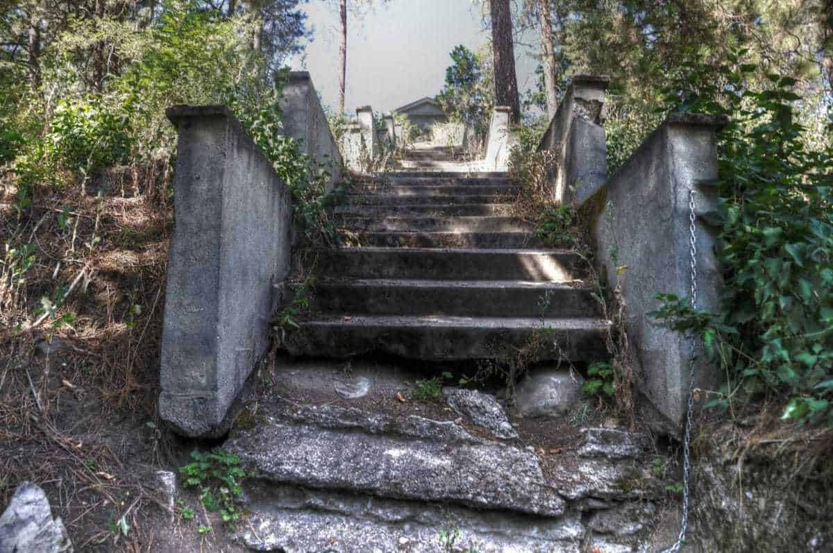 """1000 Steps"" Of Greenwood Cemetery Spokane"