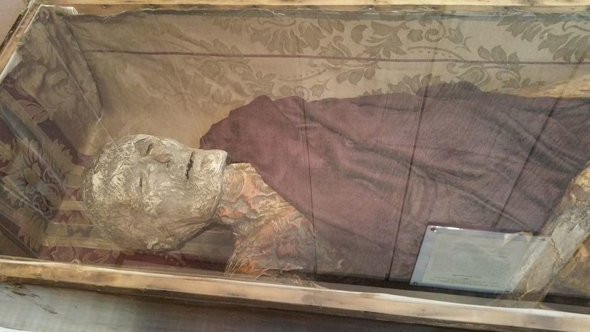Mummies Of Philippi, Philippi
