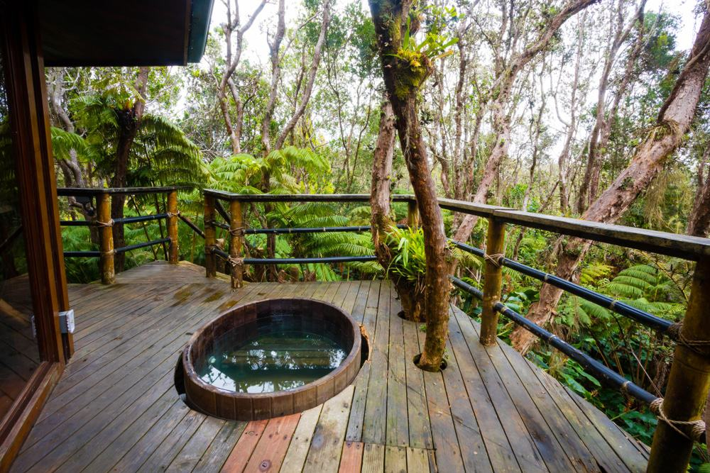 Hawaii Volcano Treehouse Rental, Big Island