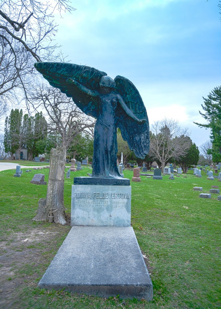 The Black Angel of Oakland Cemetery, Iowa City