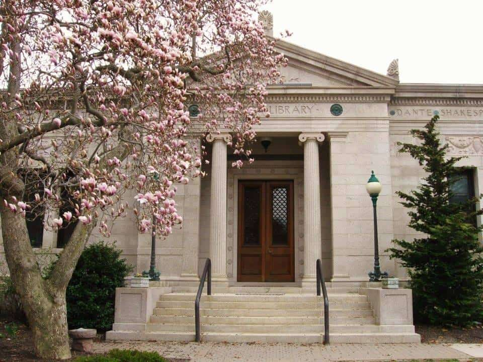 Howard Whittemore Memorial Library