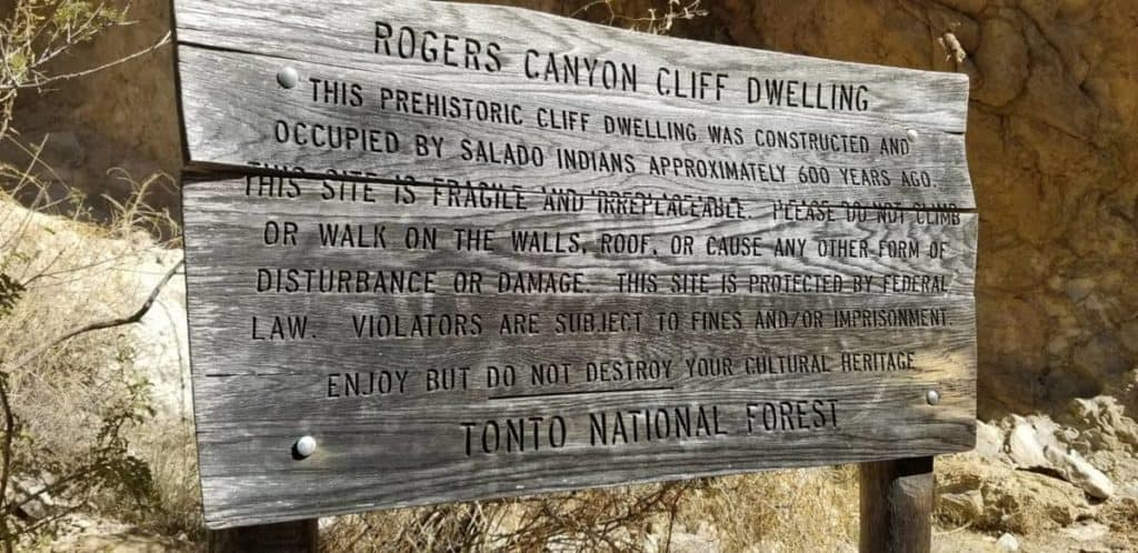 Roger's Canyon Cliff Dwellings
