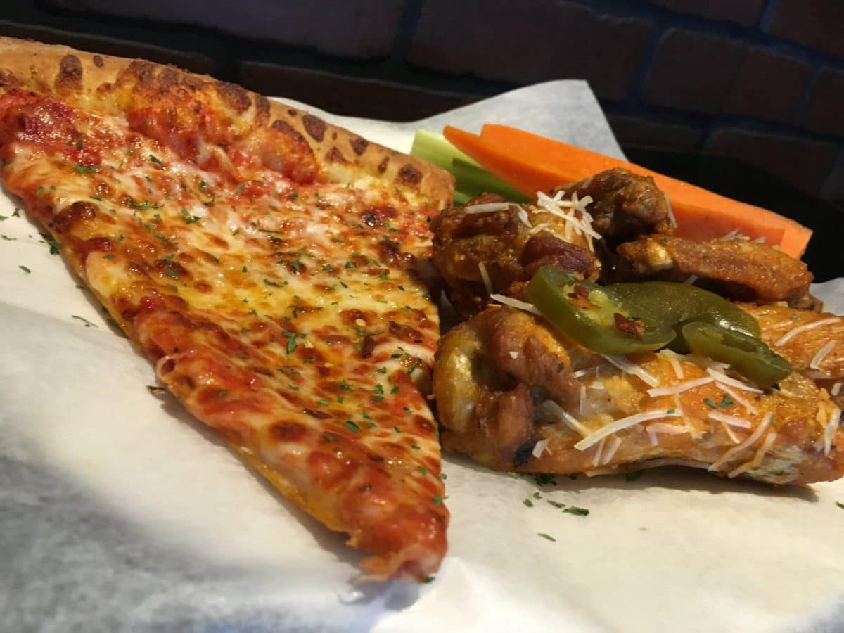 Tailgaters Sports Grill & Il Primo Pizza & Wings