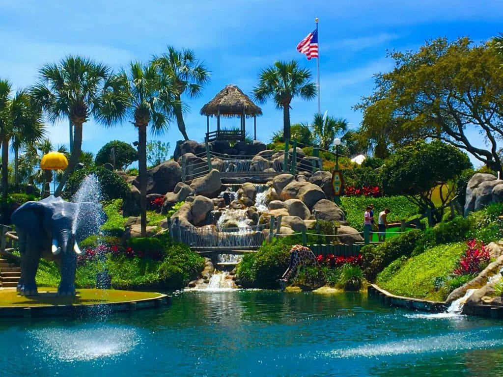 Coconut Creek Mini-Golf & Gran Maze