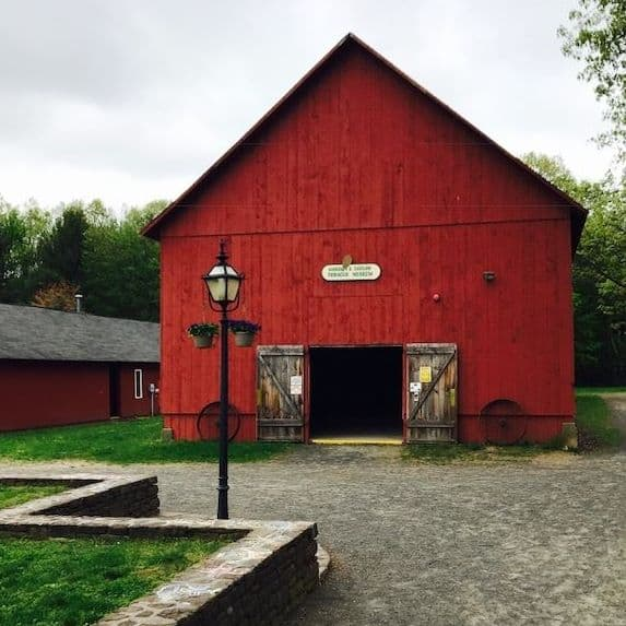 Connecticut Valley Tobacco Museum