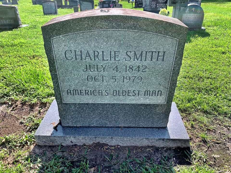 Grave Of America's Oldest Man